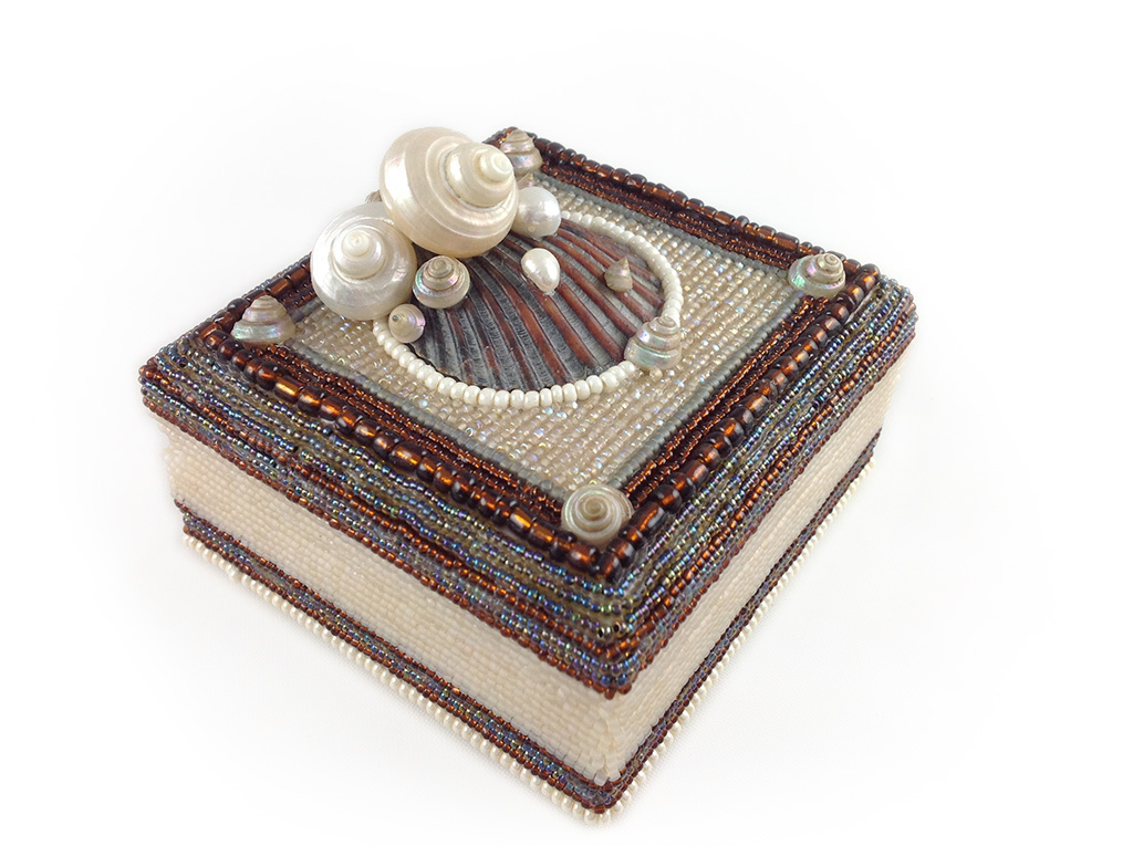 Pearly Taupe Box